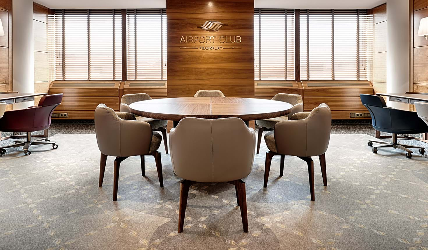 Ion Tables Writing Desks And Low Tables Giorgetti