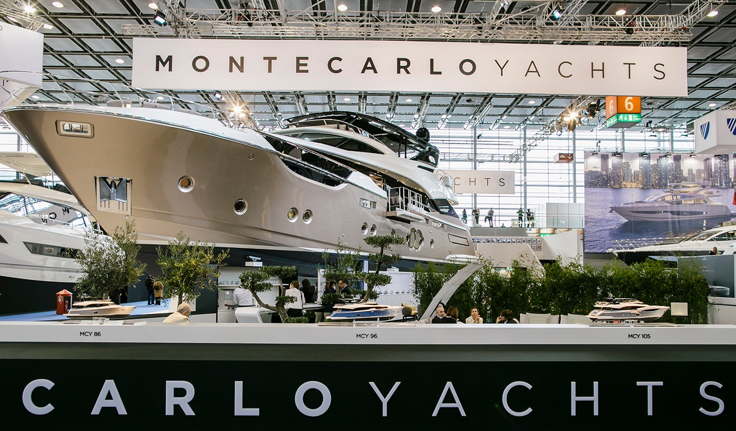 GIORGETTI AT THE DÜSSELDORF BOAT SHOW WITH MONTE CARLO YACHTS - Giorgetti 1