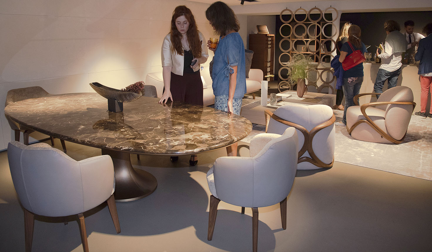 FIRST FRENCH STORE FOR GIORGETTI - Giorgetti 1