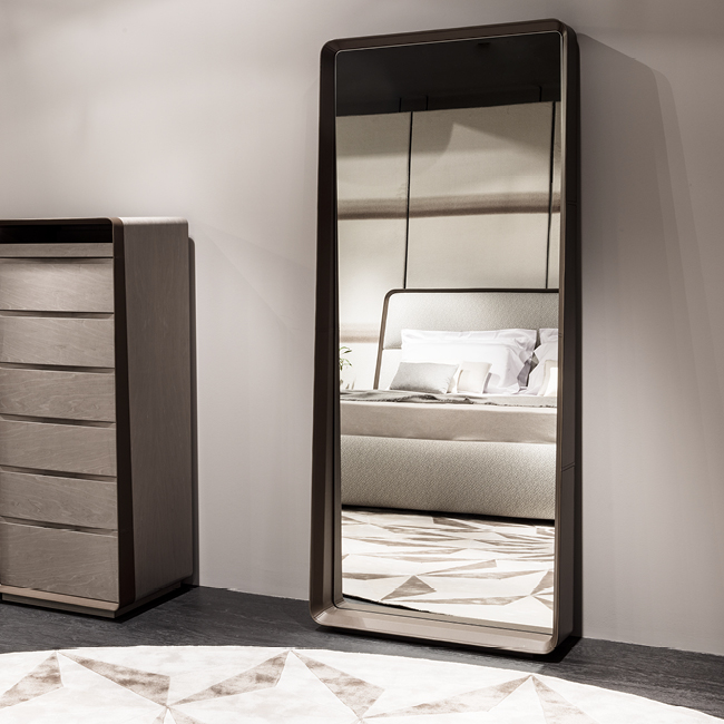 Frame [leaning mirror] - Sideboards and chests of drawers - Giorgetti 2