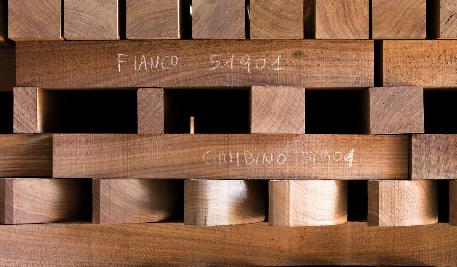 Special wood manufacturing - Giorgetti 1