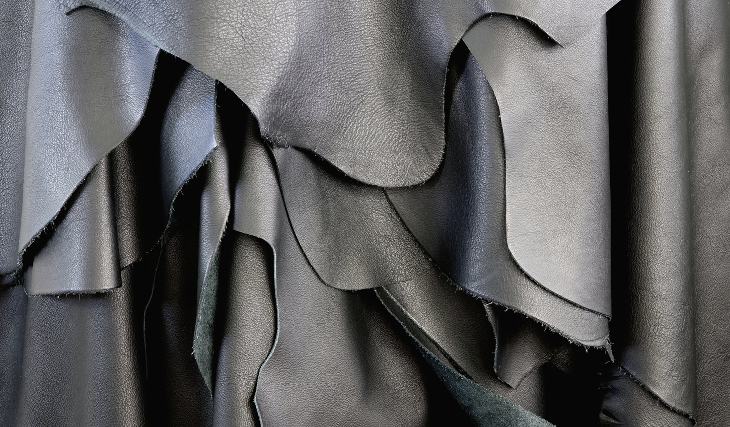 Materials research - fabric and leather - Giorgetti 1